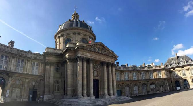Bien écrire le français avec l'aide de l'Académie française